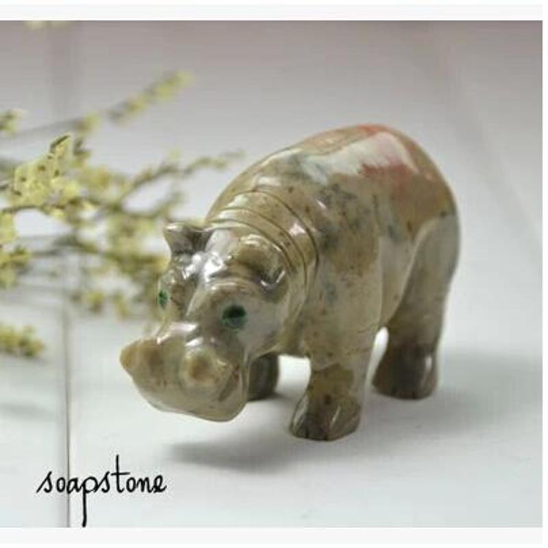 石雕工艺品摆件动物石雕刻犀牛