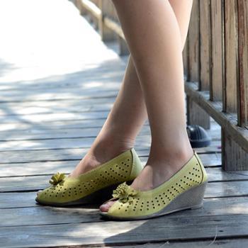 通用券优惠 新款韩版潮真牛皮坡跟软底女鞋时尚休闲舒适女中跟凉鞋