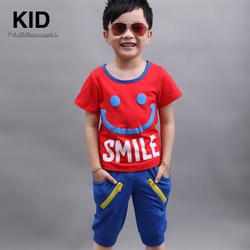 可多未来童装 新款男童笑脸图案 休闲两件套