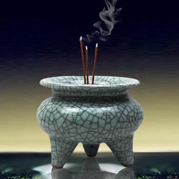 景德镇欢畅陶瓷 仿古开片裂纹釉三角香炉 香插香具香座