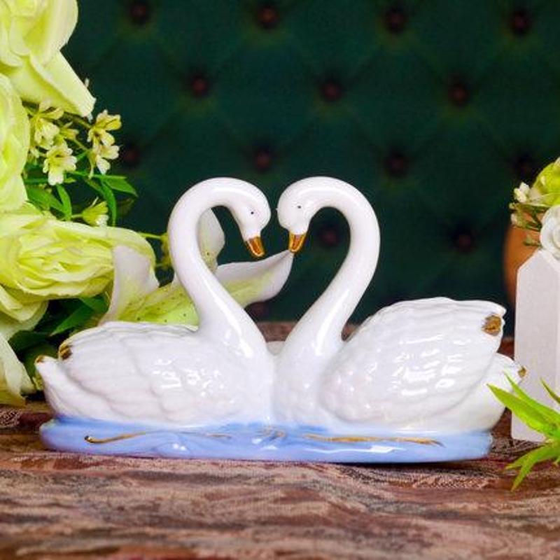 欢畅景德镇情侣天鹅摆件现代家居装饰陶瓷摆件礼品结婚礼物