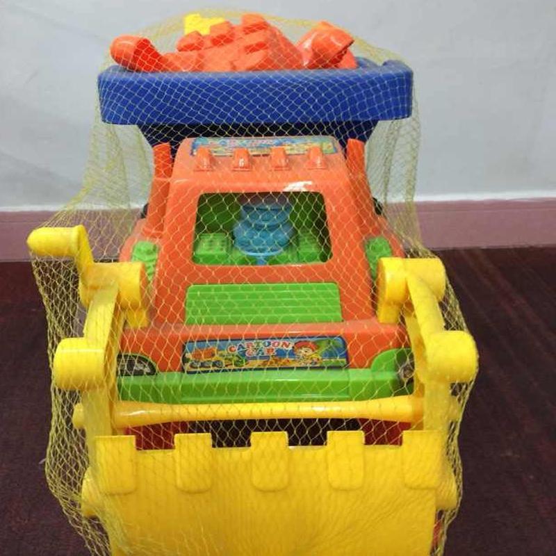 无敌大卡车(玩具)