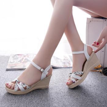 夏季新款时尚甜美韩版一字搭扣防水台高跟鱼嘴坡跟凉鞋女鞋子