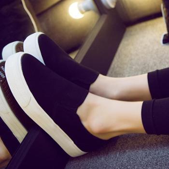 新款帆布鞋女一脚蹬懒人鞋韩版小白鞋厚底休闲鞋学生板鞋