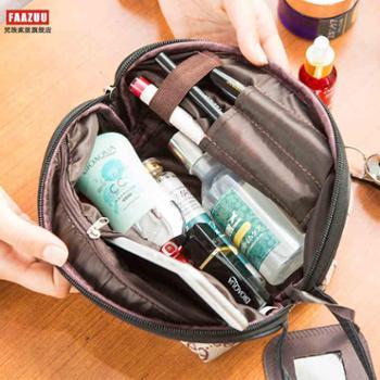 大容量旅行收纳化妆包小号便携化妆袋女随身迷你手拿包简约零钱包