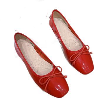 露曼尼漆皮复古粗跟单鞋百搭少女小清新平底鞋