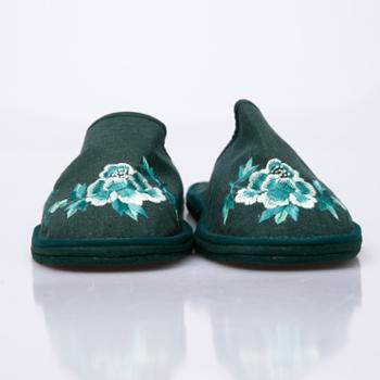 绣花牡丹拖鞋